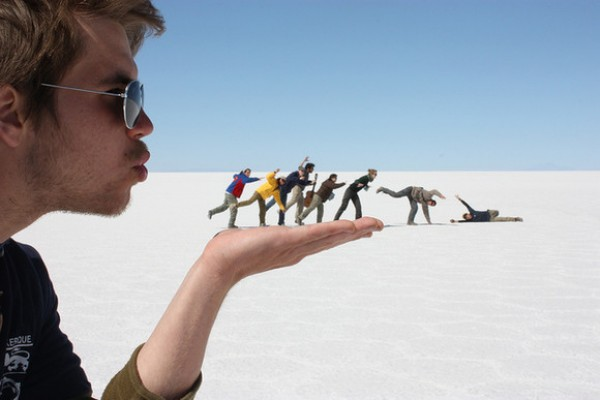 Amazing Forced Perspective Photography in 2013 (24)