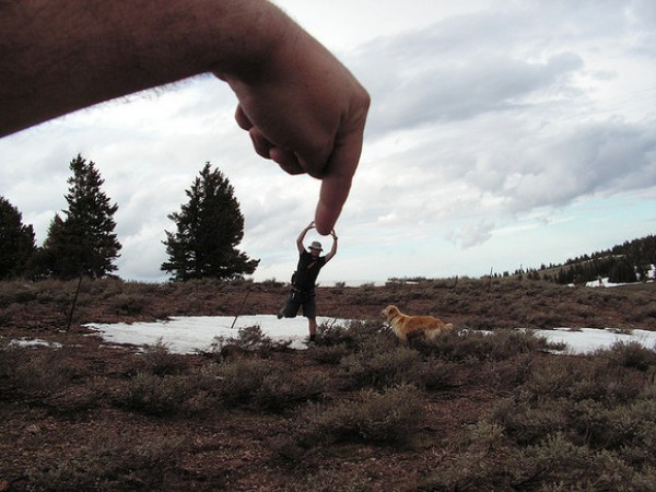 Amazing Forced Perspective Photography in 2013 (26)