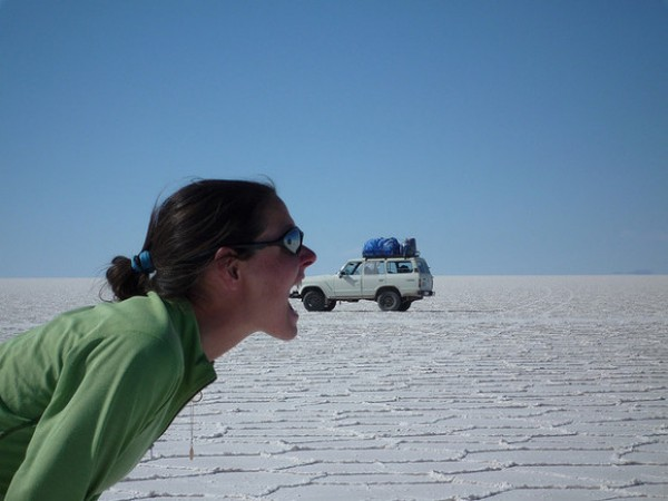 Amazing Forced Perspective Photography in 2013 (29)