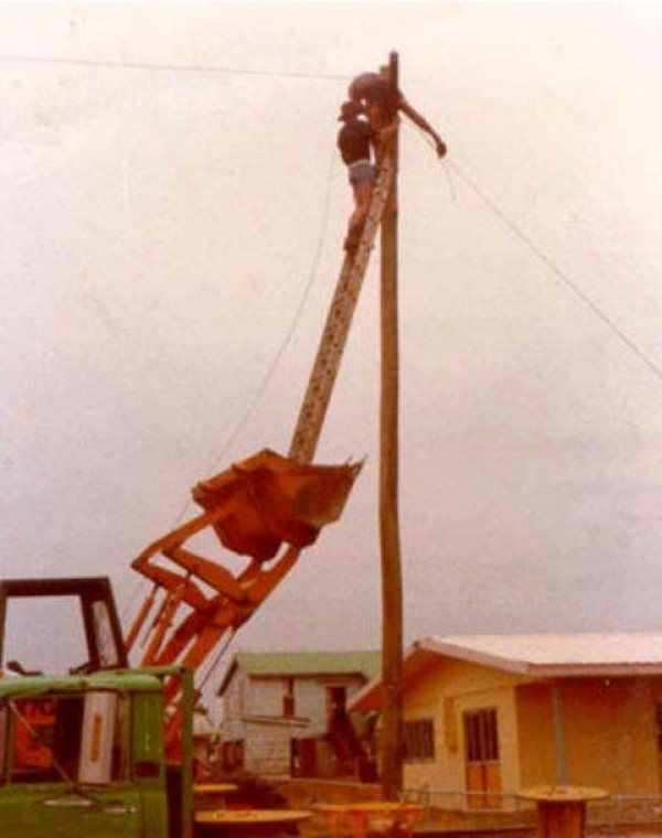 Construction Worker Mega Fails (13)