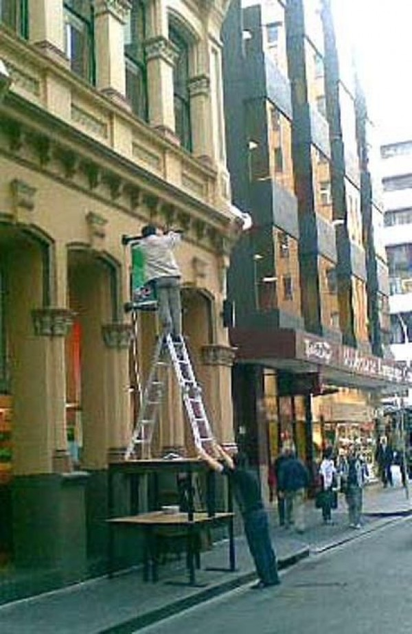 Construction Worker Mega Fails (17)
