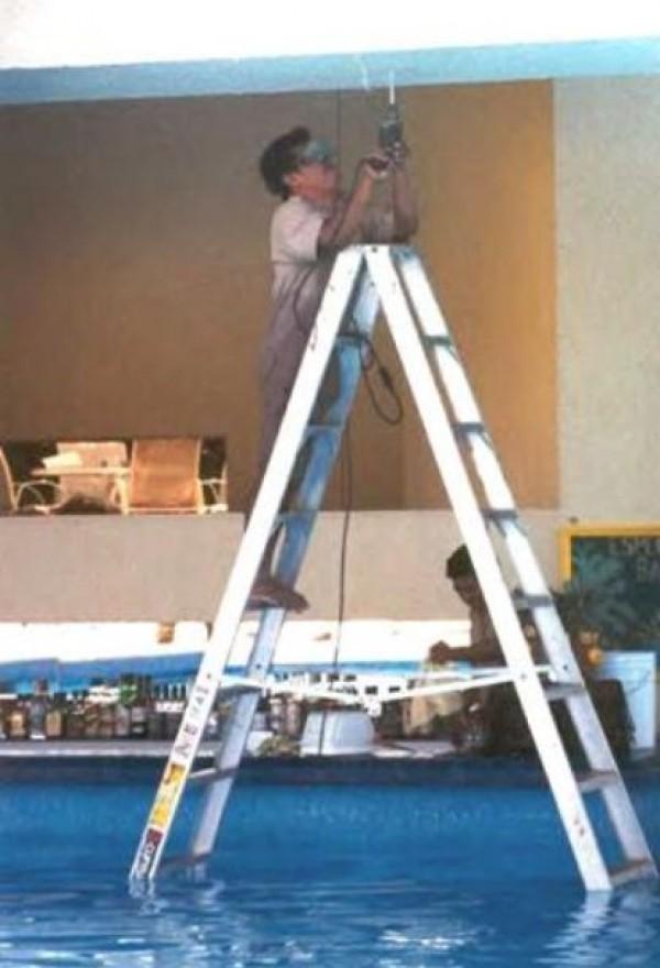 Construction Worker Mega Fails (19)