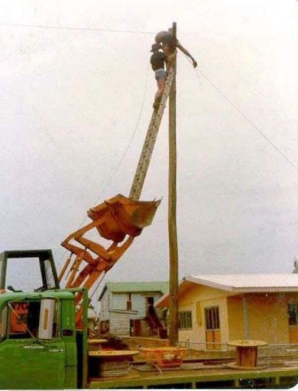 Construction Worker Mega Fails (36)