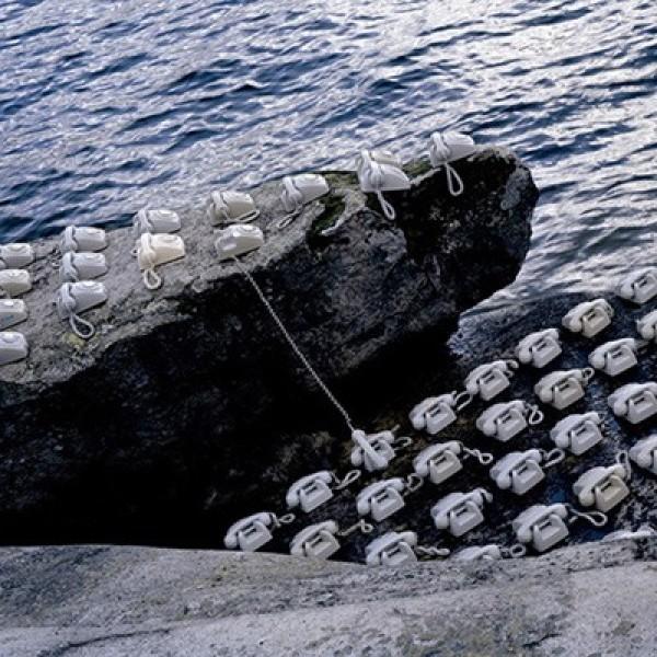 Rune Guneriussen's Quirky Installations in Nature (3)