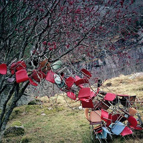Rune Guneriussen's Quirky Installations in Nature (8)