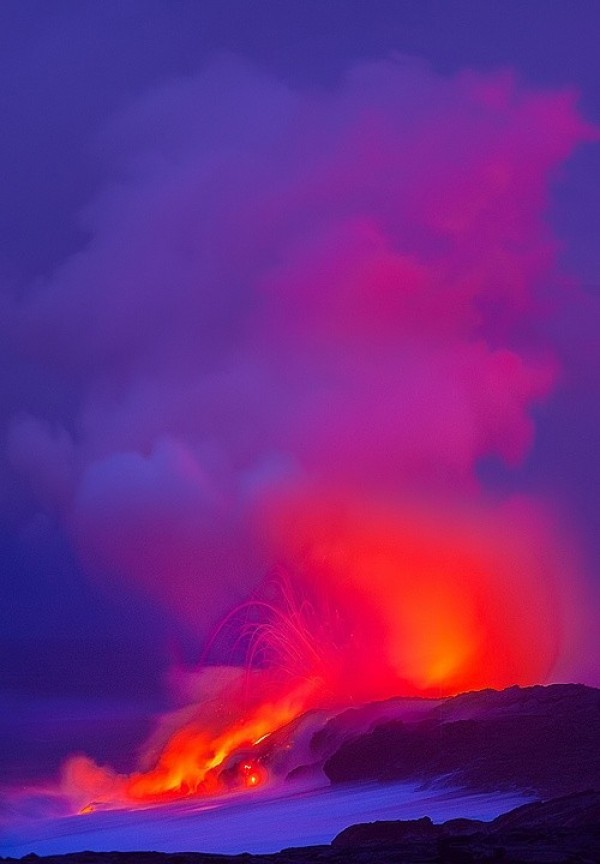 Top 10 Best Volcanic Eruptions in the World (1)