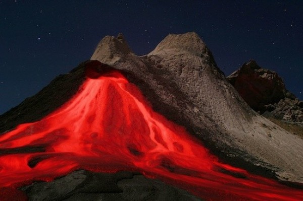 Top 10 Best Volcanic Eruptions in the World (5)