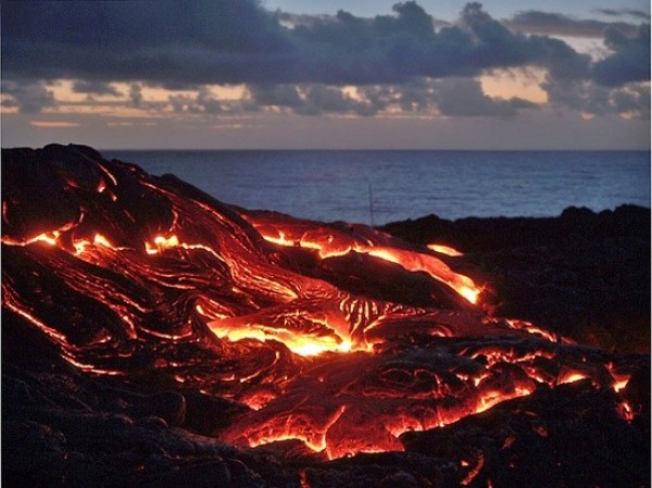 Top 10 Best Volcanic Eruptions in the World (6)