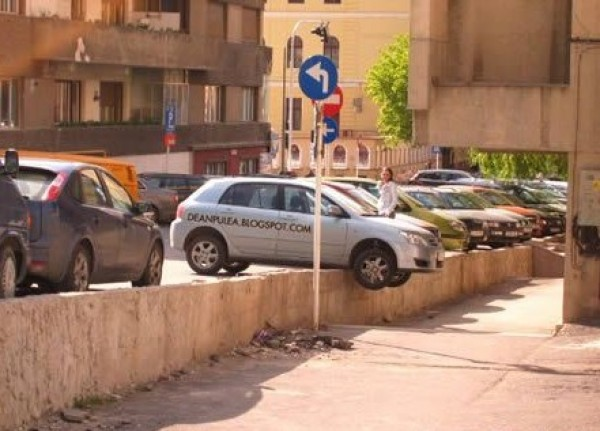 The Worst Parking Jobs Ever (7)