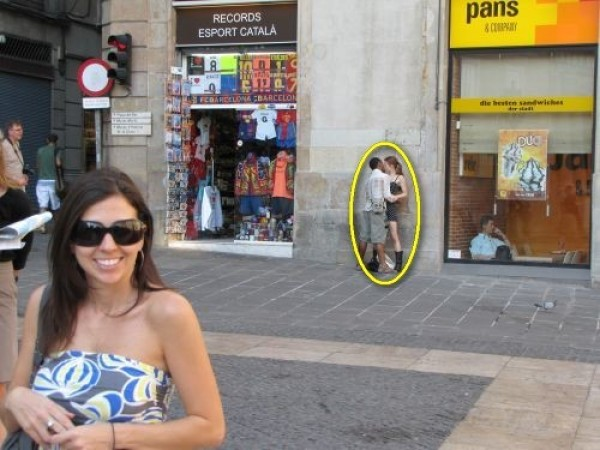 Top 20 Funny Photobombs (10)